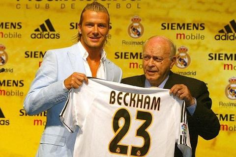 David Beckham va Alfredo Di Stefano nam 2003