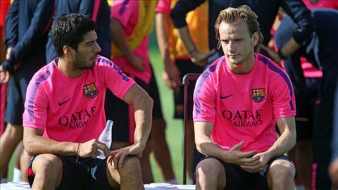 Sao Barca cam on Liverpool vi Luis Suarez hinh anh