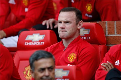 Nhung ly do MU va Mourinho nen ban ngay Rooney hinh anh 3