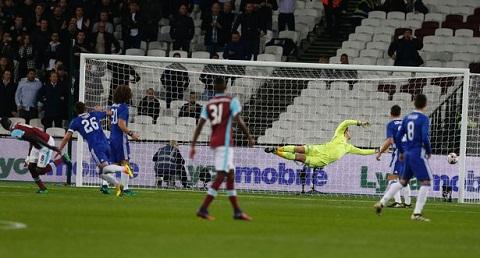 Du am West Ham 2-1 Chelsea Dau cham het cho John Terry! hinh anh