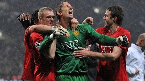 Van Der Sar va Man United Ban tinh ca muon o Old Trafford hinh anh 4