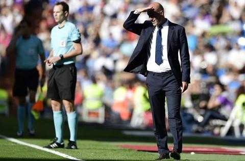 Real hoa 4 tran lien tiep Loi la cua Zidane hinh anh