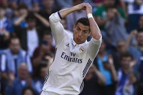 Zidane Ronaldo ghi ban luon luon la dieu tot dep hinh anh