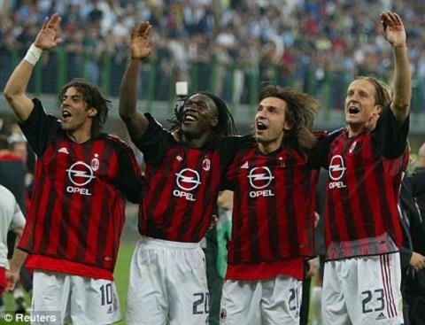 Clarence Seedorf Mr Champions League va huyen thoai AC Milan hinh anh 3