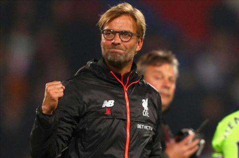Klopp phu nhan chuyen Liverpool co loi the tai Premier League hinh anh