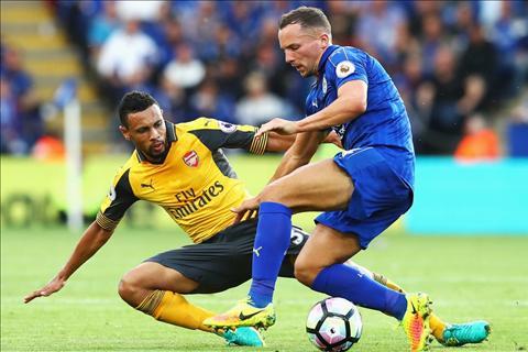 Arsenal vs Leicester Bay cao khung hoang luc luong hinh anh