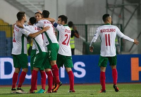 Phap vs Bulgaria, 1h45 ngay 810 (VL World Cup 2018) Be gai hoa hong hinh anh 2