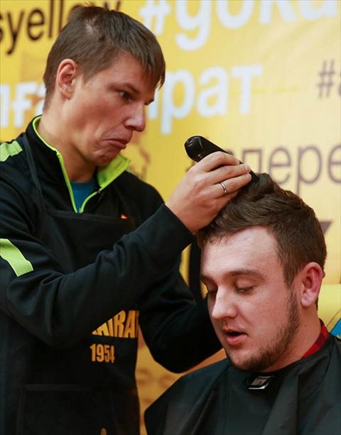 Andrey Arshavin cao troc dau blogger vi thua ca cuoc hinh anh 2