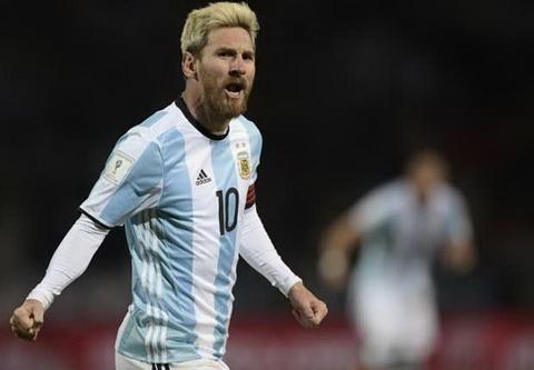 Bauza khen Messi hieu moi thu ve bong da.