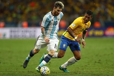 Du am Brazil 3-0 Argentina Messi va su khac biet cua hai cuoc cach mang hinh anh