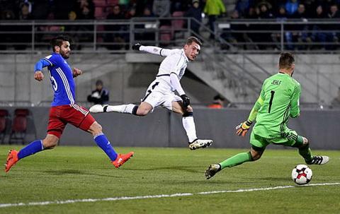 Tong hop Liechtenstein 0-4 Italia (Vong loai World Cup 2018) hinh anh