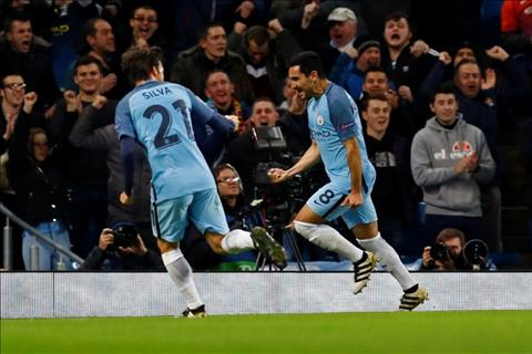 Diem tin bong da sang ngay 211 Messi vuot mat Chua nhan Raul hinh anh 2