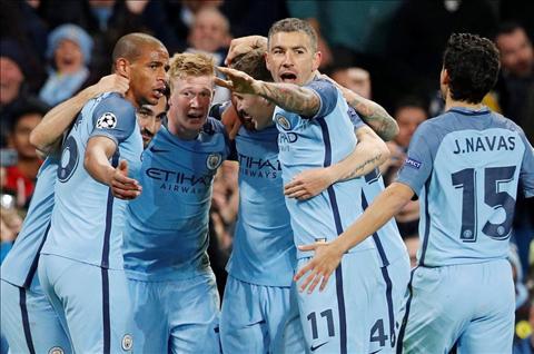 Man City 3-1 Barca Khi so phan doi no giup thay tro Guardiola hinh anh 3