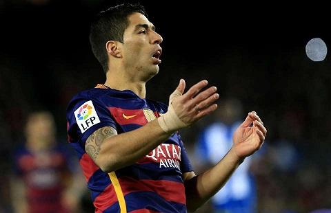 Diem tin Bong da toi ngay 311 Barca len tieng ve tin don Suarez den MU hinh anh 5
