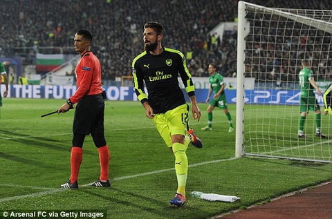 Tổng hợp: Ludogorets 2-3 Arsenal (Bảng A Champions League 2016/17)