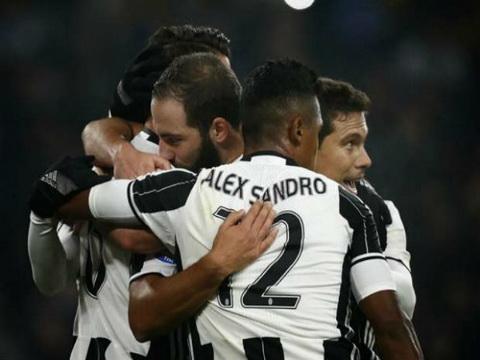 Tong hop Juventus 3-0 Pescara (Vong 13 Serie A 201617) hinh anh
