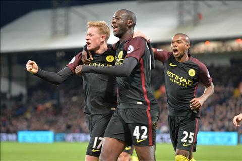 Nhung diem nhan sau tran thang nhoc cua Man City truoc Crystal Palace hinh anh