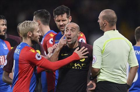 Premier League dang thuc su khien Pep Guardiola va mo hoi hinh anh 3