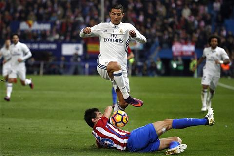 Real Madrid se vo dich La Liga 201617 nho  trong tai hinh anh