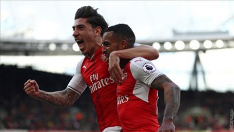 Bellerin gio la thanh vien quan trong cua Arsenal