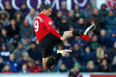 Ibrahimovic sap roi Man United de den 'pha dao' MLS hinh anh
