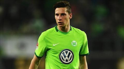 Tien ve Julian Draxler Moi thu o Wolfsburg dang chong lai toi hinh anh
