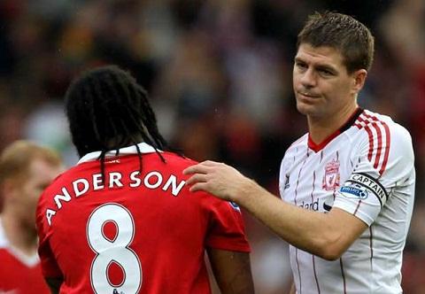 Gerrard Liverpool se cho Man Utd biet tay hinh anh