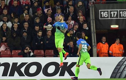 Icardi that vong sau tran Southampton 2-1 Inter Milan hinh anh 2