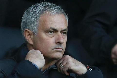 Mourinho nhan cuoc goi tu nguoi dac biet sau tran hoa Arsenal hinh anh