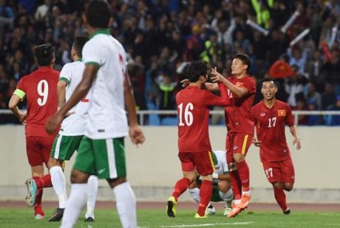 Clip ban thang Viet Nam vs 3-2 Indonesia Giao huu quoc te hinh anh
