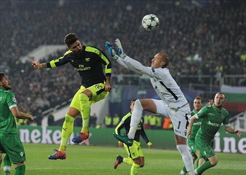 Giroud Toi se chien dau vi suat da chinh o Arsenal hinh anh
