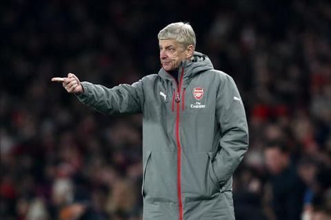 Wenger che trach hang cong Arsenal sau tran thua Southampton hinh anh