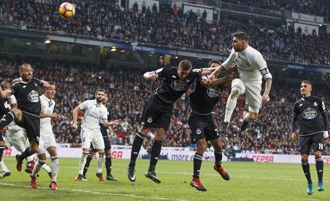 Ramos lai tro thanh than ho menh cho Real o phut cuoi cung