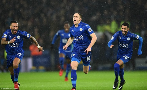 Tong hop Leicester 4-2 Man City (Vong 15 NHA 201617) hinh anh