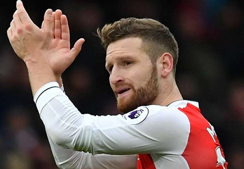 Chan thuong nang, sao Arsenal nghi het nam 2016 hinh anh