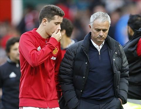Tien ve Ander Herrera Mourinho co mua giai thanh cong hinh anh 2