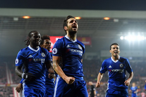 Tong hop Sunderland 0-1 Chelsea (Vong 16 NHA 201617) hinh anh