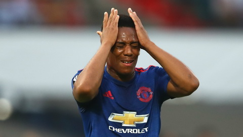 MU len tieng ve tuong lai tien dao Anthony Martial hinh anh