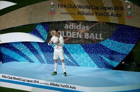 Lap hat-trick, Ronaldo di vao lich su Club World Cup hinh anh