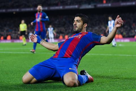 Tien dao Luis Suarez het loi khen ngoi Lionel Messi hinh anh