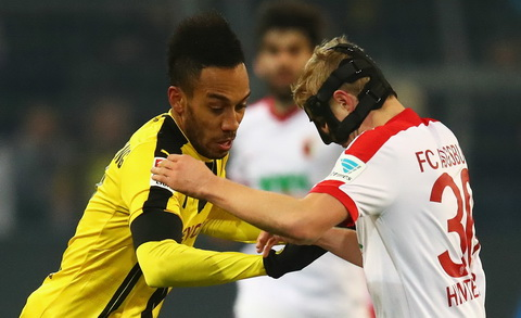 Dortmund 1-1 Augsburg That vong noi dai dip cuoi nam hinh anh