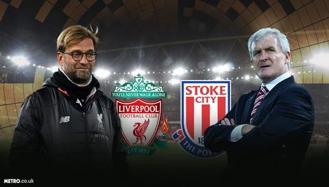 Liverpool vs Stoke City HLV Mark Hughes de doa Liverpool hinh anh 2