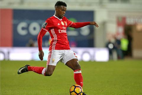 Chuyen nhuong MU sap chi 30 trieu bang cho sao Benfica hinh anh