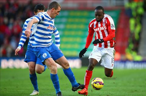 Truoc tran Chelsea vs Stoke Ngay Moses gap lai cac su phu hinh anh 2