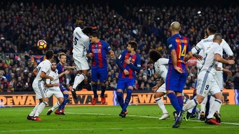 Luis Enrique cho rang Real Madrid khong xung dang co diem.