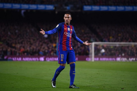 Barcelona ra thong bao ve chan thuong cua Neymar.
