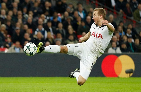 Tien dao Harry Kane can bang thanh tich cua Henry hinh anh 2