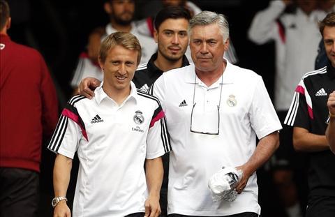 Modric yeu men Ancelotti hon Zidane