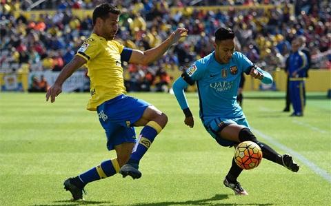 Du am Las Palmas 1-2 Barcelona Than tai Canaria, hon o Emirates hinh anh 2