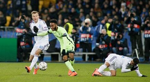 Man City vs Dynamo Kiev (02h45 ngay 1603) Giai cuu nguoi Anh hinh anh 2